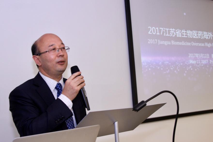 江蘇省生產力促進中心主任趙志強歡迎人才海歸。(SAPA提供)