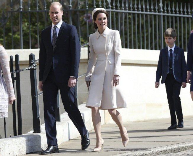 威廉王子(左)和凱特王妃。圖/美聯社