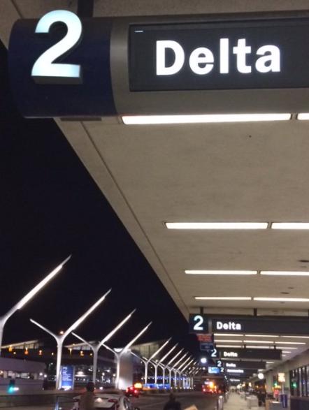 洛杉磯國際機場(LAX)為期五日的航空公司大搬遷,超過20家航空公司都已依照計畫完成搬家工作。(世界機場局提供)