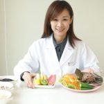 別蘸醬、配蔬菜 吃粽不發胖