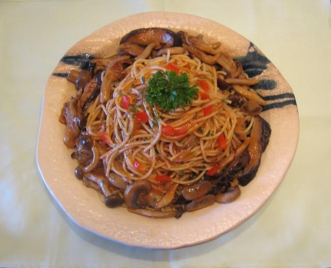 茄汁菇菇醬義大利麵1