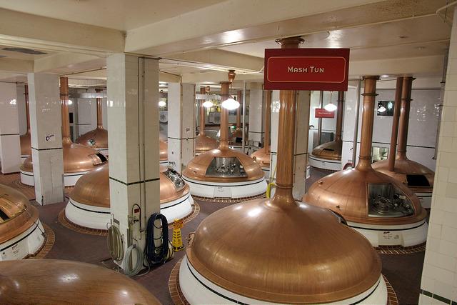 啤酒發酵罐。