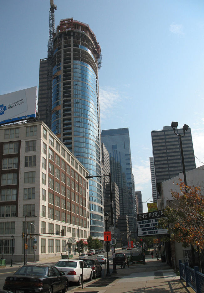 費城正在新建越來越多的高樓,原本的許多古建築岌岌可危。(Wikimedia Commons)