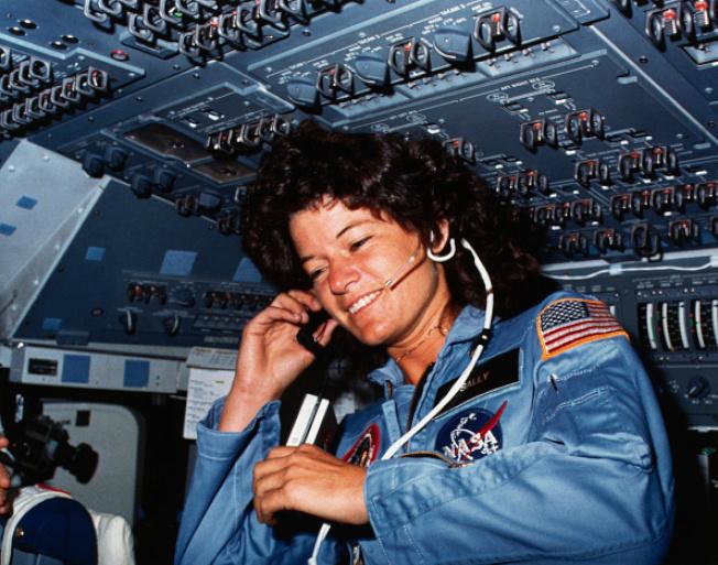 Ride是美國第一位登上太空的女太空人。(NASA)