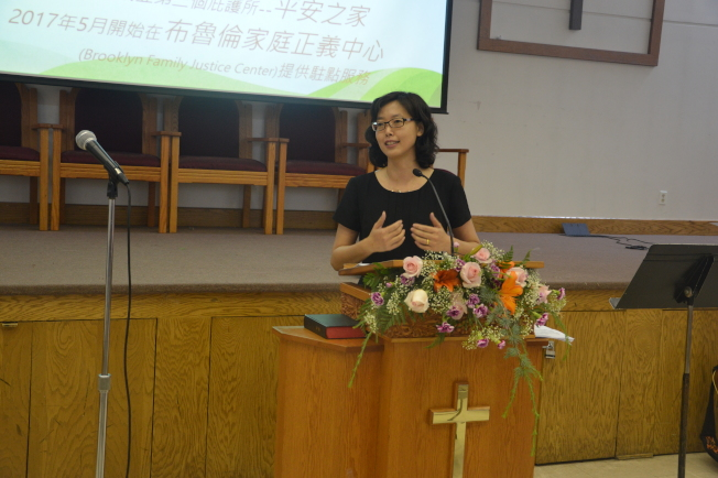 ★劉元芬表示,勵馨成立13年幫助了千餘名婦女和400多名兒童和青少年。(記者牟蘭/攝影)