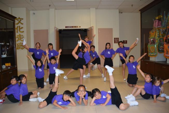 羅省華埠兒童合唱團將於6月25日在洛杉磯華僑文教中心禮堂舉辦24周年音樂會,歡迎民眾共襄盛舉。(記者高梓原/攝影)