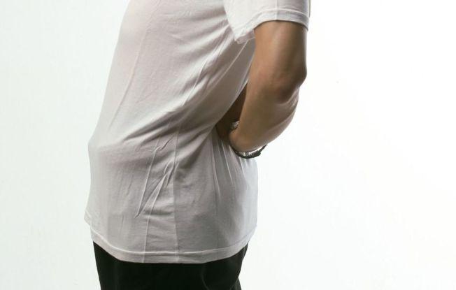 一名婦人下背部痛到無法起身行走,經X光檢查發現是腰椎感染性脊椎炎。(本報資料照片)