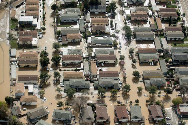 國會正考慮提出法案以提高洪水多發區房屋業主的水災保險費率。(Getty Images)