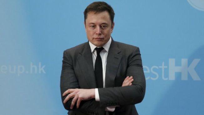 Tesla執行長馬斯克在Twitter有1000萬追隨者,每次推文都引起轟動。(Getty Images)