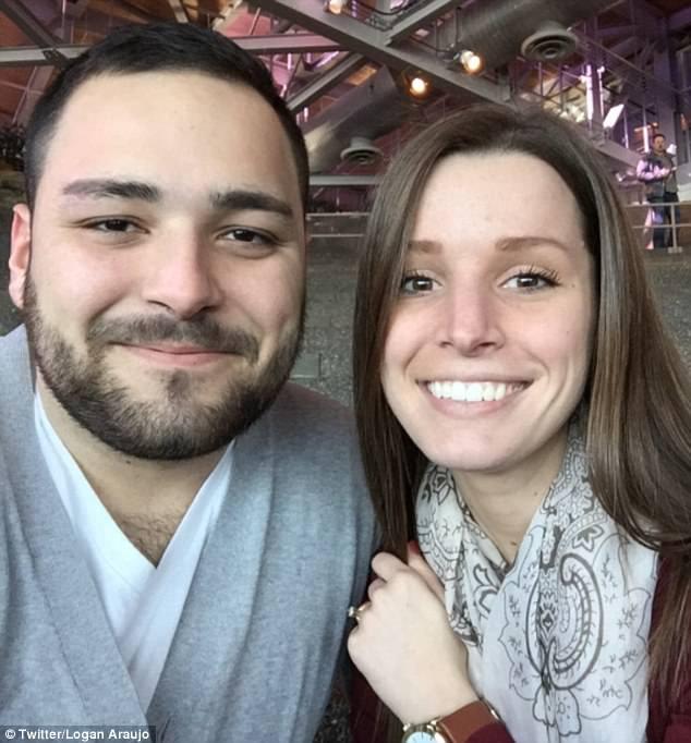 25歲的康明斯(Sarah Cummins,右)因故取消與未婚夫Logan Araujo (左) 的婚禮。(圖取自推特)