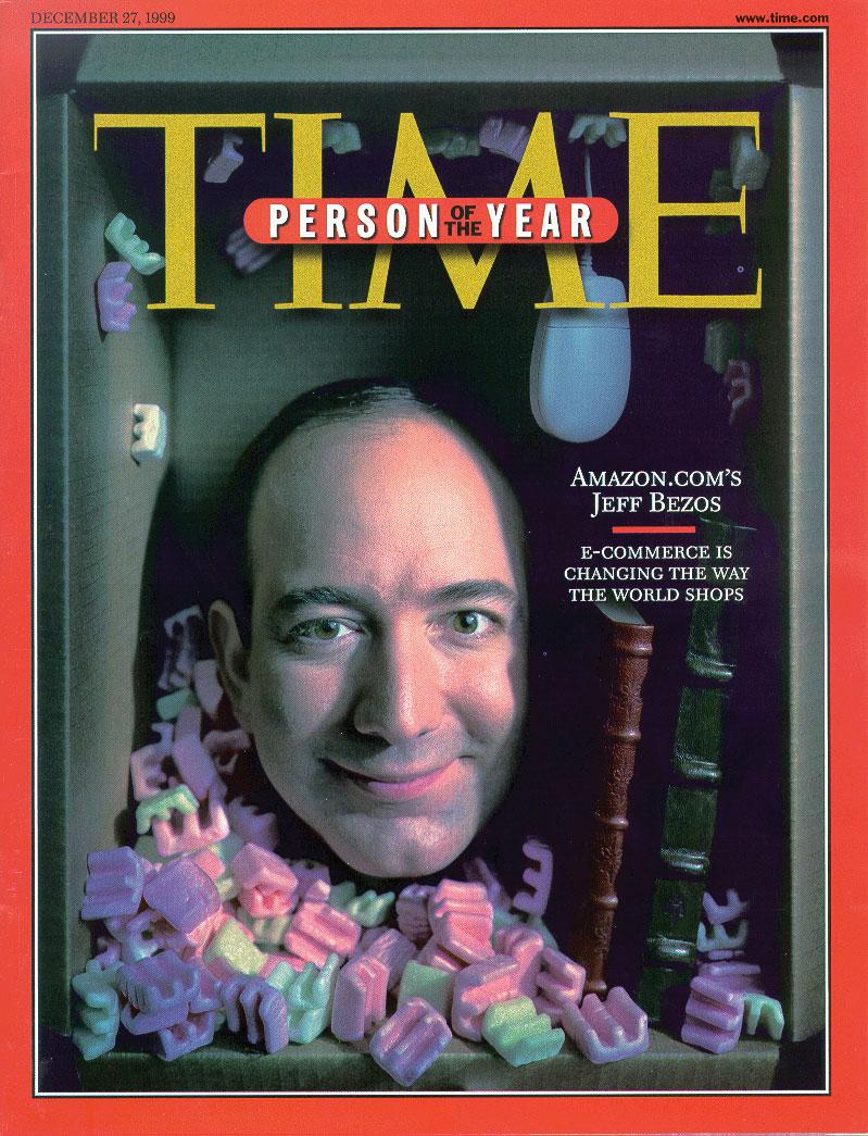 1999年12月,亞馬遜創辦人貝佐斯 (Jeff Bezos) 登上時代雜誌 (Time Magazine) 的年度風雲人物封面。(時代雜誌)