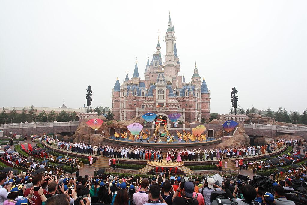 2016/6/16目前全世界最新的上海迪士尼樂園開幕。(Getty Images)
