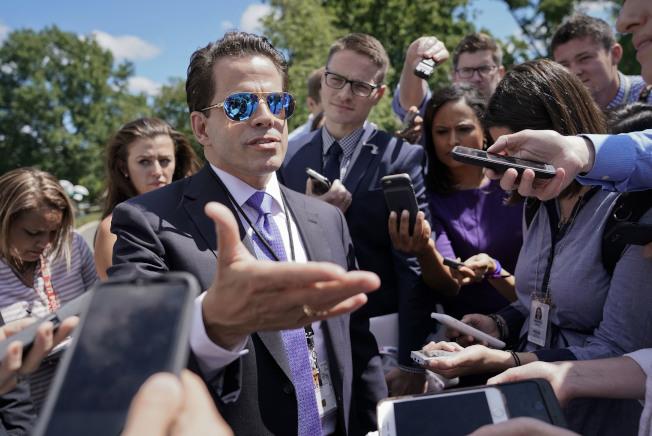 白宮前聯絡室主任史卡拉穆奇,甫上任時展示強勢作風。(美聯社)