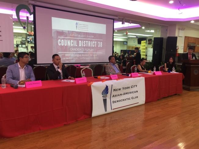 萬齊家(左起)、繆卿、奧迪茲、江莎樂針對38選區問題各抒己見。(記者黃伊奕/攝影)