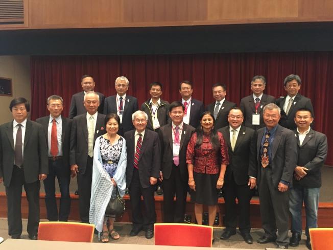 庫比蒂諾官員以地主身分份接待台灣代表團。(記者林亞歆/攝影)