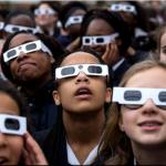 警方:勿帶日食眼鏡開車