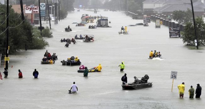 淹水屋內傳呼救聲 災後伏屍多少難想像