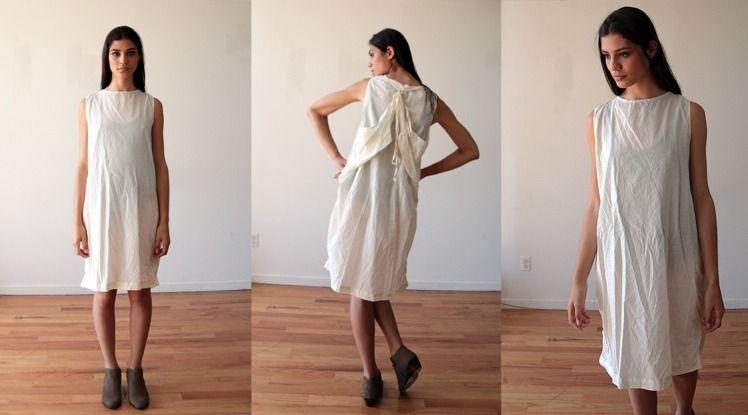 服裝品牌UZINYC將一款服飾取名為「難民裝」(refugee dress),被網友認為是物化難民。(圖截自uzinyc.com)