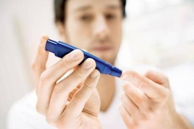 糖尿病患每年應檢查血壓、膽固醇和腎臟功能。(Getty Images)
