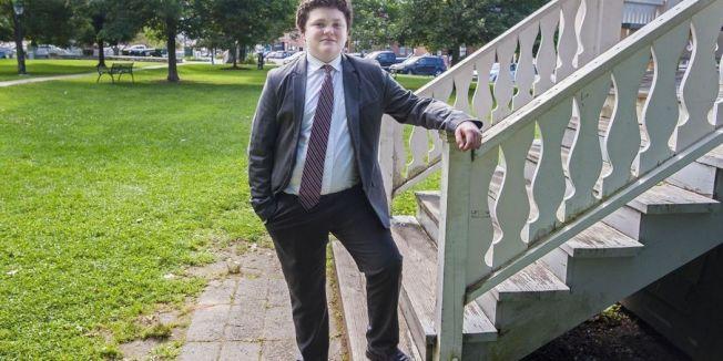 對於外界質疑他太年輕,無法承擔州長這一職務,桑尼伯恩展現針砭政治人物的少年老成。 圖擷自burlingtonfreepress