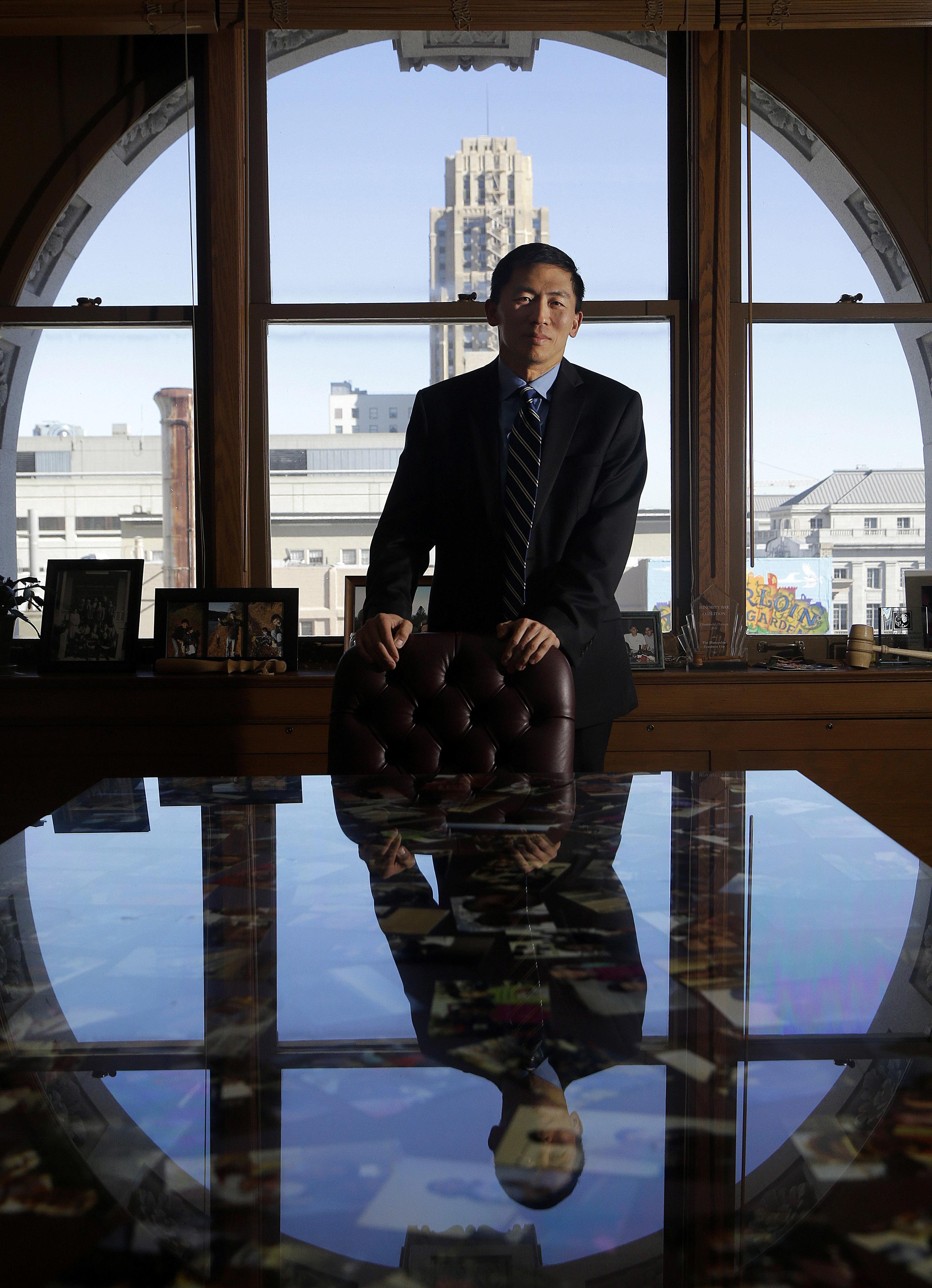 加州最高法院法官劉弘威的法學成就十分傑出。(美聯社)