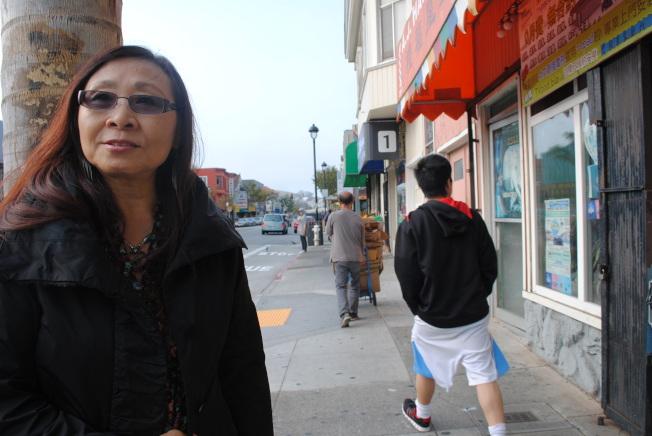 舊金山上海協會創會人李美玲住在肖化區逾20年,關注近年區內持續出現的反華仇恨事件。(記者李秀蘭/攝影)