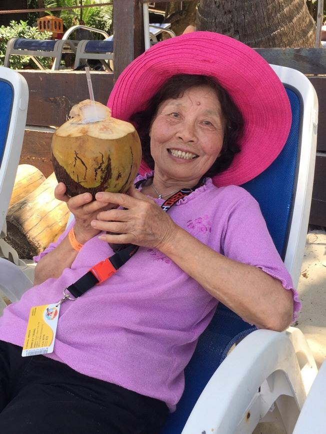 鮑爾溫公園市八旬婦人林秀雲從家門口失蹤整整一周杳無音訊,家人心急如焚,希望眾人幫忙尋找。(Carlene賴提供)