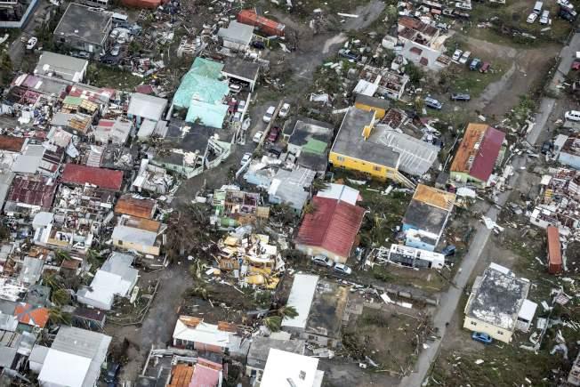 荷屬聖馬丁島在颶風厄瑪過後,社區一片殘破。(Getty Images)