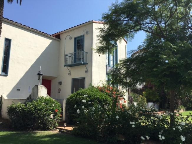 黎老先生位於西好萊塢的家,精巧雅緻。(記者楊青/攝影)
