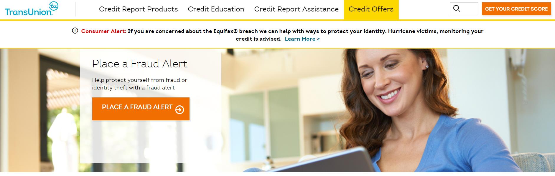 TransUnion網站首頁已列出Equifax受駭者如何登記「欺詐警戒」。(網站)