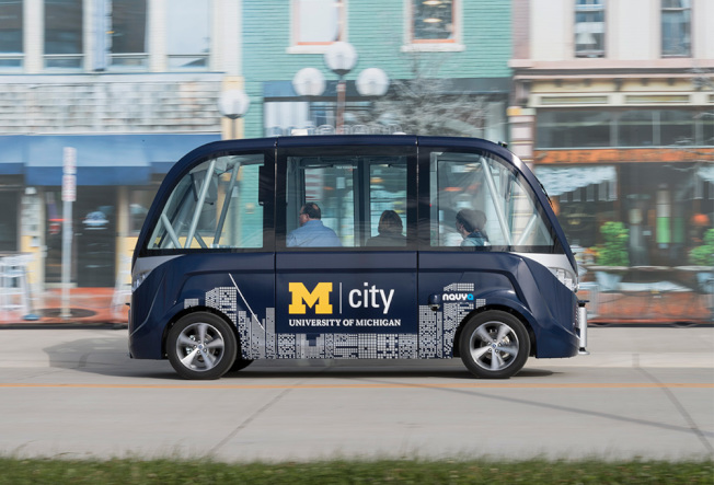 密西根大學今年秋天開始,在校園內推出無人駕駛校車。(密西根大學提供)