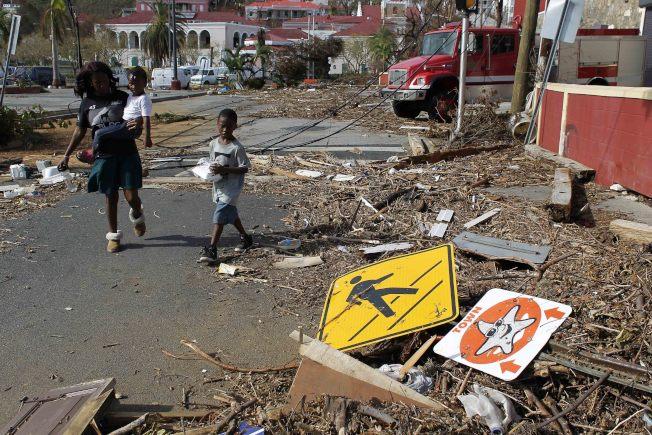 美屬維京群島的聖托馬斯島遭厄瑪颶風肆虐。(美聯社)