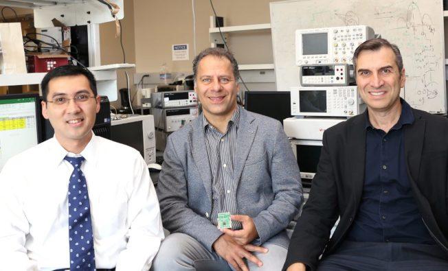 爾灣加大神經科醫師杜安(An Do,譯音,左起)、電機與電腦工程系教授Payam Heydari與生物工程系教授Zoran Nenadic。(爾灣加大提供)