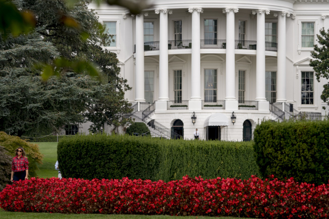 職業聯盟和大學冠軍球隊拜訪白宮,是一項慣例。(美聯社)