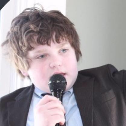 現年13歲的桑納伯恩人小志氣大,參選佛蒙特州州長。(取自臉書)