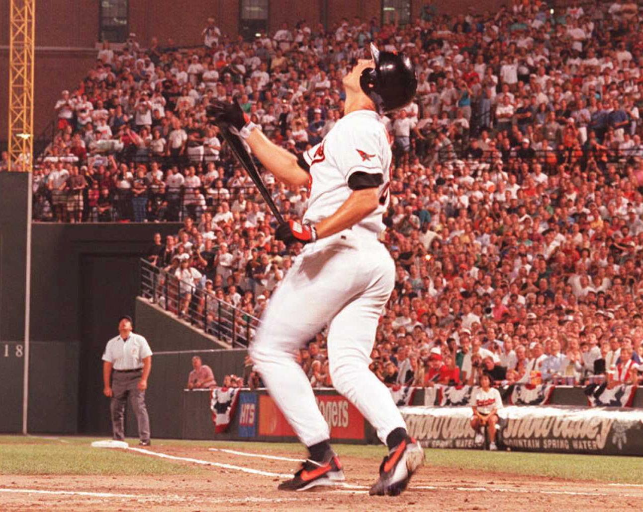 1995年9月6日球賽現場。(Getty Images)