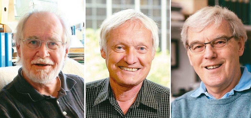 化學獎得主由三位學者共享殊榮,分別是瑞士的杜巴謝(Jacques Dubochet)(左至右)、美國的法蘭克(Joachim Frank)和英國的韓德森(Richard Henderson),三人研發的低溫電子顯微鏡技術,在為極小且冷凍的分子製造成像上,提供一個更佳與簡化的方法。杜巴謝任職洛桑大學(University of Lausanne),法蘭克任職紐約哥倫比亞大學(Columbia University),韓德森則在英國劍橋分子生物實驗室(The MRC Laboratory of Molecular Biology)工作。(歐新社)