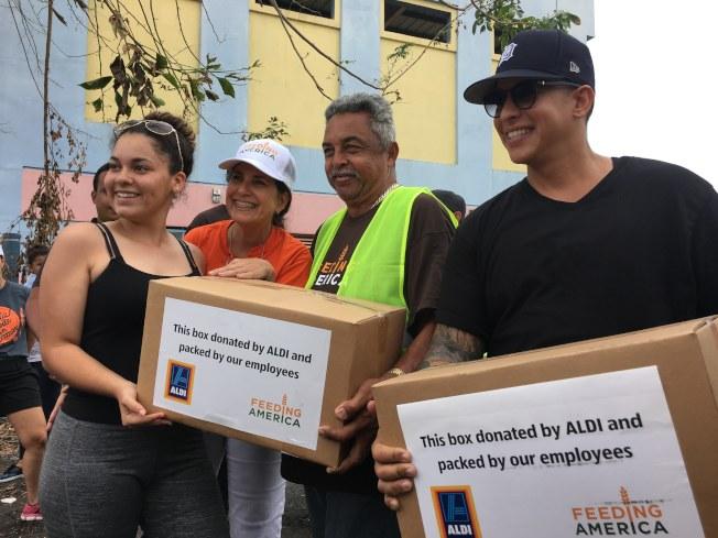 波多黎各歌手和食物銀行募集食物送到災區。(歐新社)