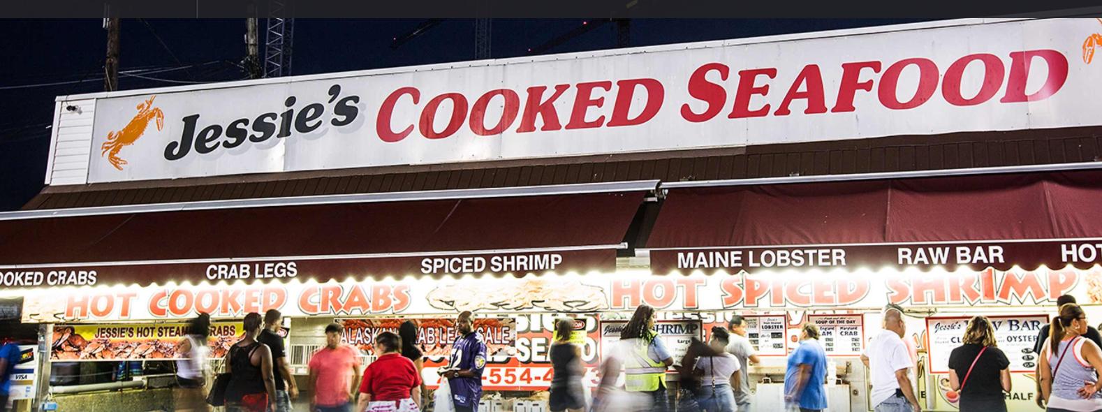 緬因大道上的魚市場從1805年開始營業,是美國歷史最悠久的露天魚市場,這個新的開發案中特別保留魚市場,並維持原來風貌,繼續服務市民。(www.wharfdc.com)