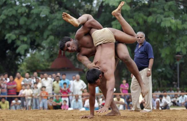 印度新德里的摔角比賽。 (路透)