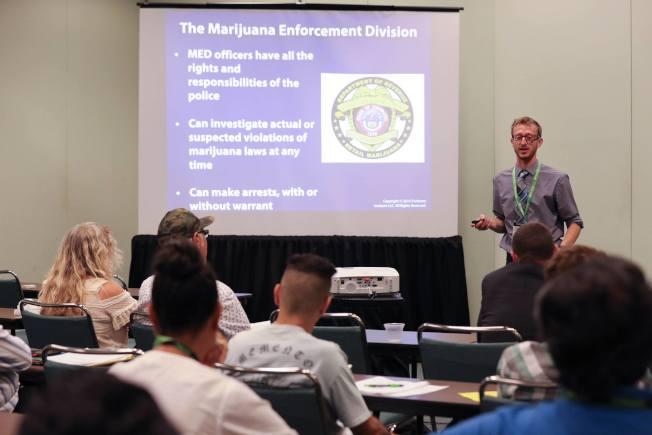 大麻全球大會和企業博覽會活動舉辦超過100個教育講座,討論大麻行業發展面臨的機遇和挑戰。(取自大麻全球大會和企業博覽會臉書)