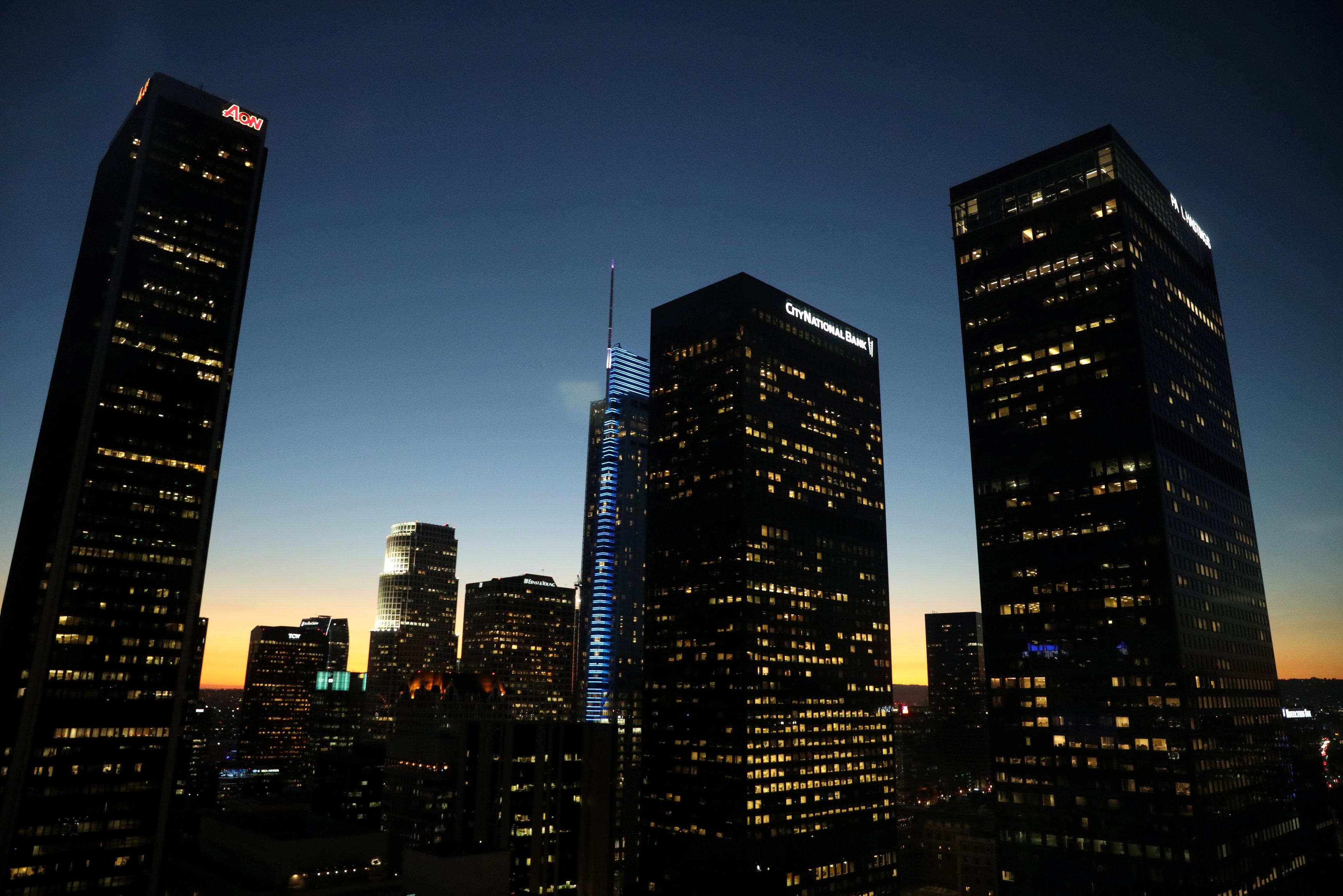洛杉磯市區黃昏時分。(路透)