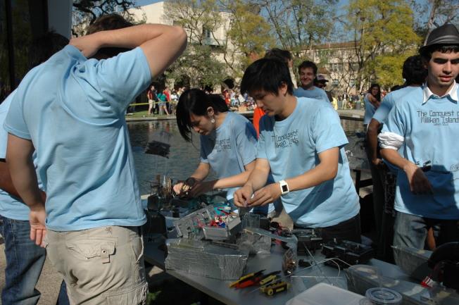 被認為禁止族裔考量招生政策的加州理工學院,近十年來亞裔學生持續成長。(記者丁曙/攝影)