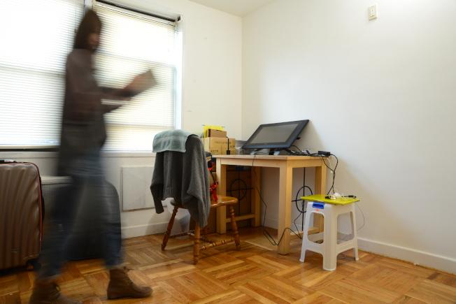 對剛畢業的職場新鮮人,想要擁有居屋不容易,就業或創業之前,許多人選擇租個小單位。(許振輝/攝影)