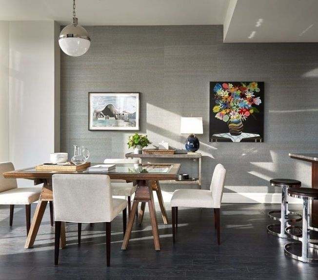廚房並含有休閒用的家庭起居室及用餐空間。(Realtor.com)