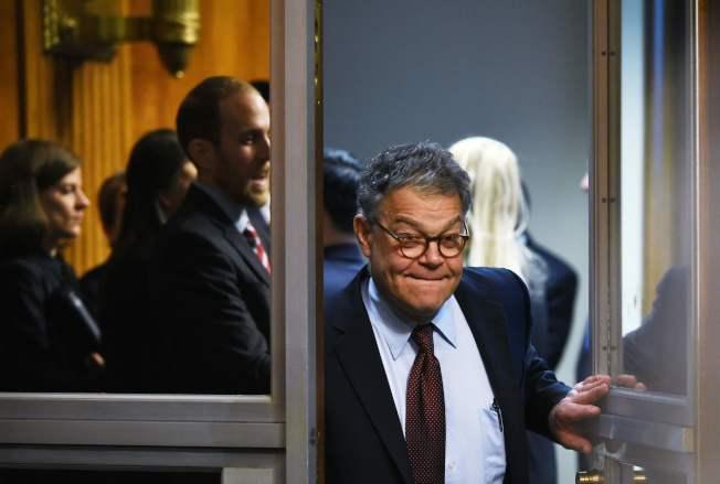 民主黨籍國會參議員法蘭肯上電視為性侵案道歉。(Getty Images)