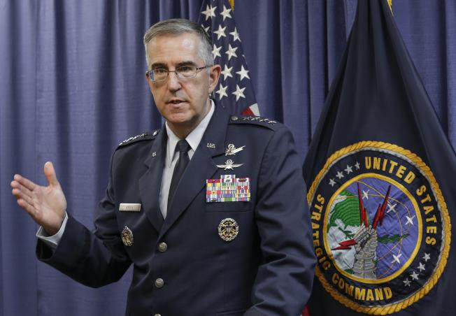美國戰略司令海登說,如果川普下令核攻擊,軍方可以不從命。(美聯社)