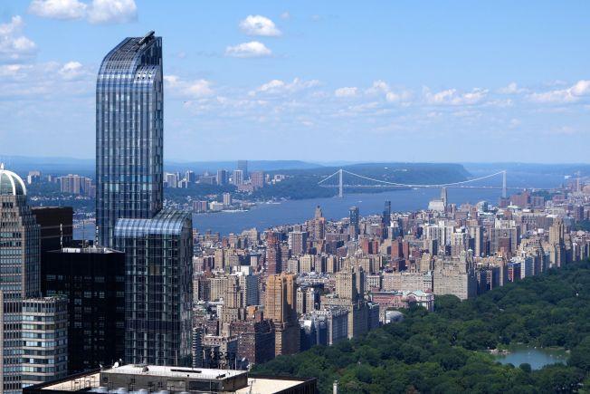 紐約市最頂級的One57豪華公寓摩天大樓,面向中央公園的單位擁有絕佳視野。(Getty Images)