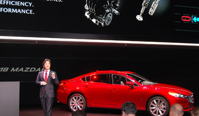 Masahiro Moro , Mazda 北美運營(MNAO)總裁兼首席執行官兼馬自達汽車公司(MMC)管理執行官。