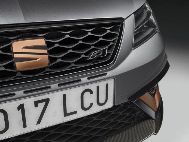 西班牙Seat喜悅汽車將限量打造799輛旗下有史來動力最強的Leon Cupra R鋼砲車款。(Seat提供)